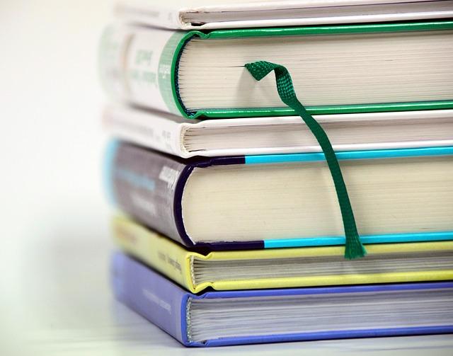 Провеждане на държавни изпити по практика за придобиване на степен на професионална квалификация.